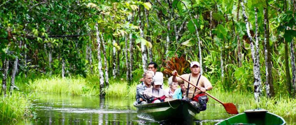Ecuador-Amazon-Rainforest-Trip-Lagoon-Paddle