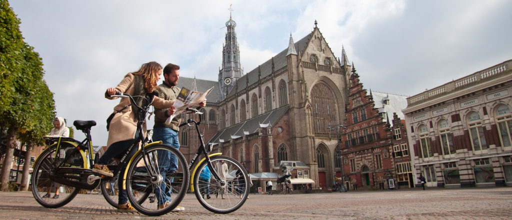 boat-and-bike-in-haarlem